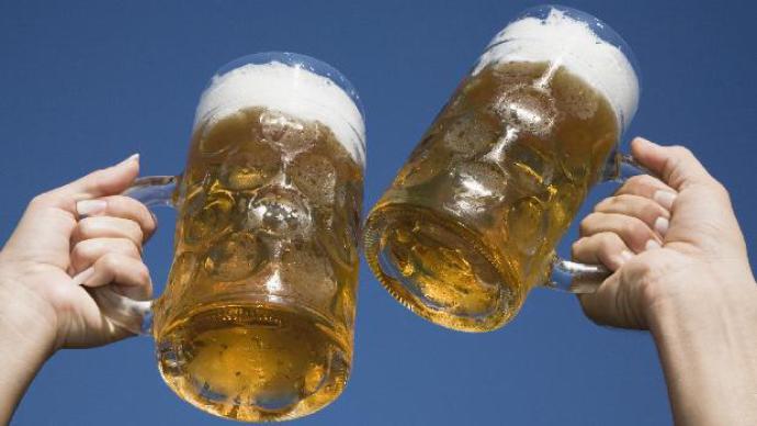 cerveja-caneca-consumo-diariamente-original